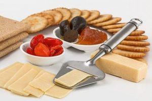 Laktoosittomat juustot pelastavat makunautinnon
